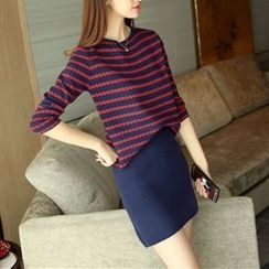 Bubbleknot - Set: Long-Sleeve Patterned Top + A-Line Skirt
