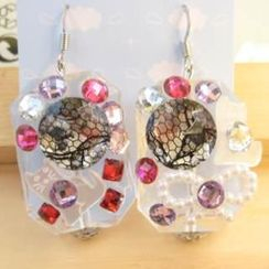 Fit-to-Kill - Dazzling diamonds with lace pattern with lovely cat earrings