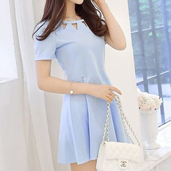 Bornite - Cutout Short-Sleeve A-Line Dress