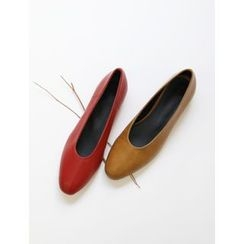 FROMBEGINNING - Oval-Toe Flats