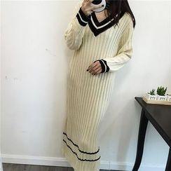 ANTEM - Striped V-Neck Ribbed Sweater Dress