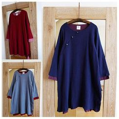 Rosadame - Two-tone Long-Sleeve Dress