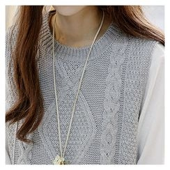 Sechuna - Sleeveless Round-Neck Cable-Knit Sweater