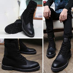 Hipsteria - Lace-Up Boots