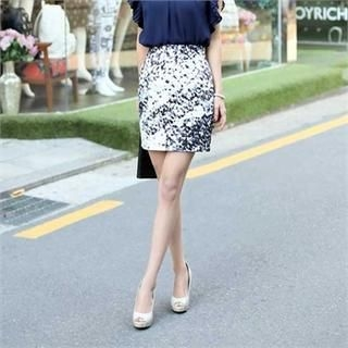 COCOAVENUE - Patterned Pencil Skirt