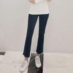 Seoul Fashion - Fray-Hem Brushed-Fleece Lined Boot-Cut Jeans