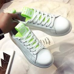 Yoflap - Lettering Lace Up Sneakers