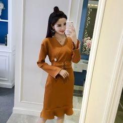 Honeydew - 長袖V領針織連衣裙