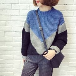 A7 SEVEN - Color Block Chunky Knit Sweater