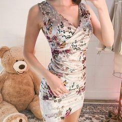 chuu - Sleeveless Floral Velvet Shirred Bodycon Dress