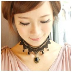 Amina - Crystal Dangle Lace Choker