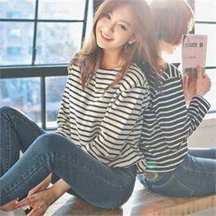 Styleberry - Round-Neck Stripe T-Shirt