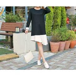 HOTPING - Contrast-Trim Ruffle-Hem Dress