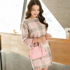 Porta - Set: Plaid Wool Top + Pencil Skirt
