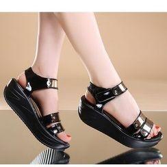 Freesia - Platform Sandals