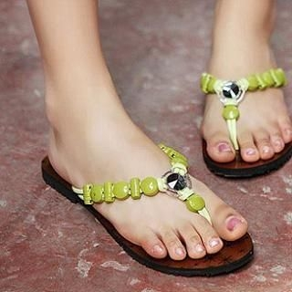 JY Shoes - Beaded Flip-Flops