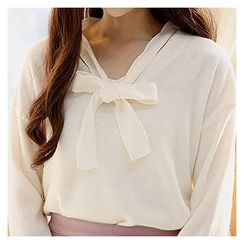 Sechuna - Drop-Shoulder Tie-Front Knit Top