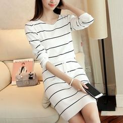 Yamster - Stripe V-neck Knit Dress