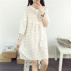 Softies - 3/4-SleevePrinted Shift Dress