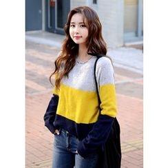 DEEPNY - Raglan-Shoulder Three-Tone Sweater