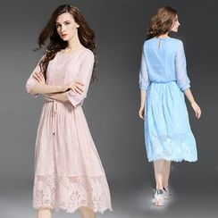 Elabo - Lace Elbow-Sleeve Midi Dress