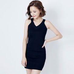 Tokyo Fashion - Sleeveless Knit Sheath Dress