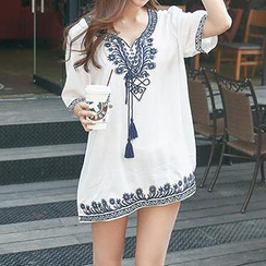 Envy Look - Embroidered Tunic