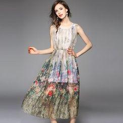 Y:Q - Printed Sleeveless Maxi Dress
