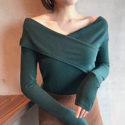 Shopherd - V-Neck Long-Sleeve T-Shirt