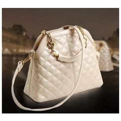 LineShow - Quilted Tote with Strap