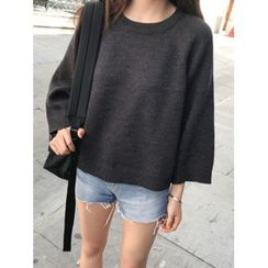 maybe-baby - Round-Neck 3/4-Sleeve Knit Top