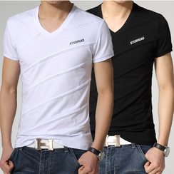 Izme - V-Neck Short-Sleeve T-Shirt