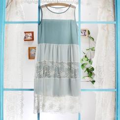 Blue Hat - 無袖蕾絲拼接連衣裙