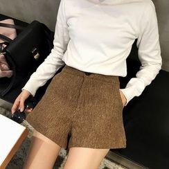 Alfie - Wide-Leg High-Waist Woolen Shorts