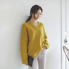 JUSTONE - V-Neck Wool Blend Knit Top