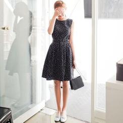 EFO - Sleeveless Printed A-Line Dress
