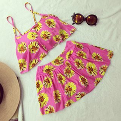 About a Girl - Set: Floral Print Cropped Tankini Top + Swimskirt