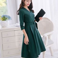 Nyssa - 3/4-Sleeved Wrapped A-Line Midi Dress with Sash