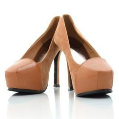 Mancienne - Patent-Panel Platform Pumps
