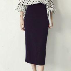 TriStyle - Slit Midi Skirt