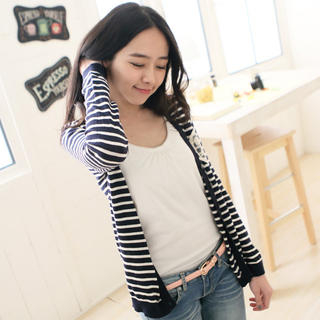CatWorld - Appliqué Striped Cardigan