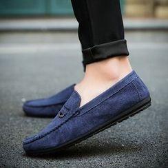 MARTUCCI - Stitched Slip-Ons