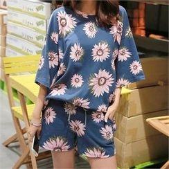 PINKSISLY - Set: Floral Print T-Shirt + Sweat Shorts