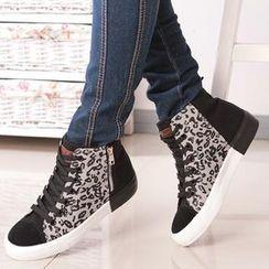 Renben - Leopard-Print Panel Hidden Wedge Sneakers