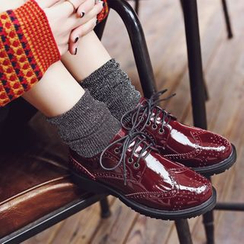 JY Shoes - Lace-Up Wingtip Shoes