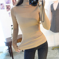 chuu - Turtle-Neck Slim-Fit Knit Top
