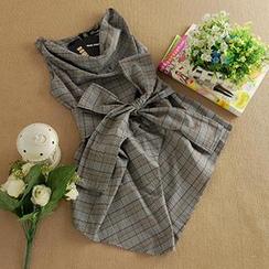 Dowisi - Sleeveless Plaid Tie-Waist Asymmetric Top