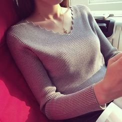 FR - V-Neck Knit Top