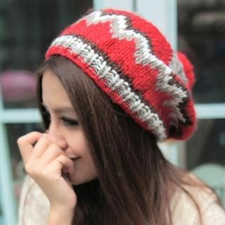 Cuteberry - Pompom-Accent Color-Block Beanie