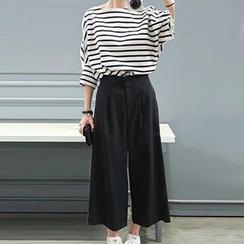 Ashlee - Set: Stripe Batwing T-shirt + Wide-leg Pants